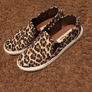 Steve Madden leopard print Slip Ons